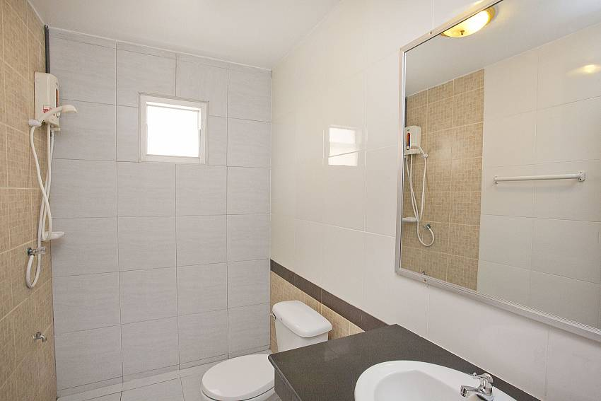 Well appointed Bathrooms-Baan Duan_Jomtien Beach_Pattaya_Thailand