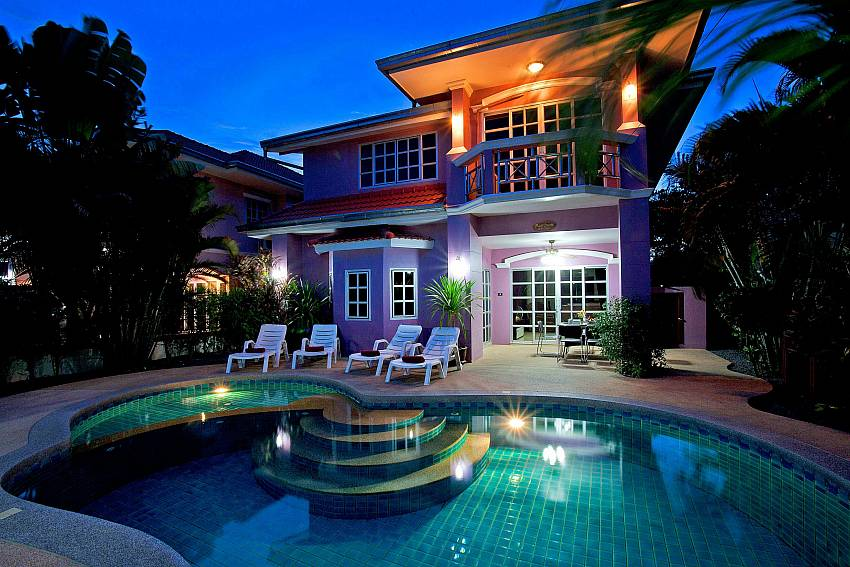 Dreamlike holiday experience at 5 bedroom Baan Duan in Pattaya