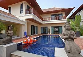 Villa Oranuch | 3 Bed Holiday Pool Home in Bangsaray Pattaya