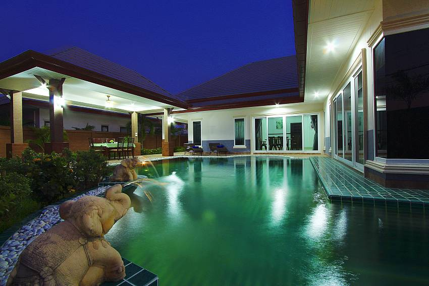 Swimming pool at night time Of Thammachat P3 Victoria