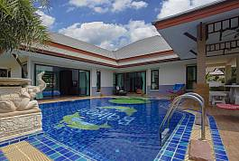 3 Bedroom Pool Villa on Estate With Water Park And Resort Facilities Near Ban Amphur Beach in South Pattaya