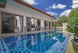 Thammachat P1 Alese | 3 Betten Pool Villa in Bangsaray Südpattaya