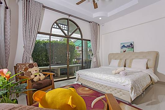 Rent Pattaya Villa: Thammachat Alese, 3 Bedrooms. 6384 baht per night
