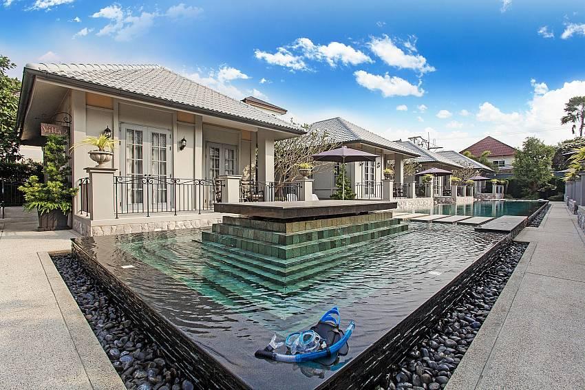 The pool Of Sala Retreat Villa