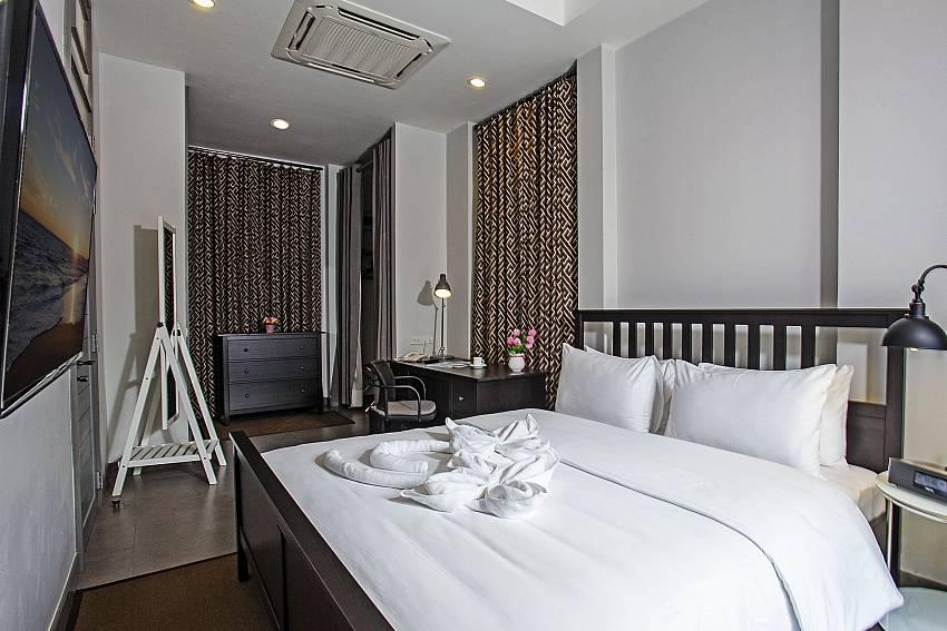 Bedroom with TV Of Sala Retreat Villa (Four)