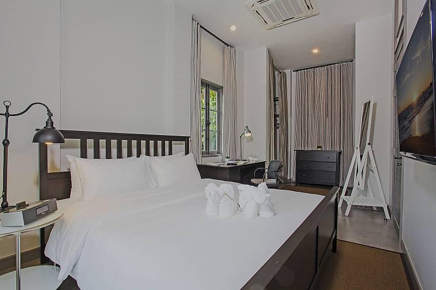 Bedroom with TV Of Sala Retreat Villa (Seven)