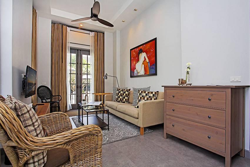 Sofa in the room Of Sala Retreat Villa