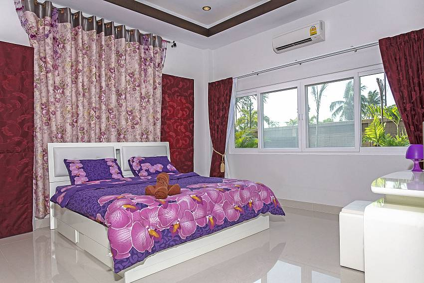 Purple bedroom views Of Thammachat P3 Vints No.140 (First)