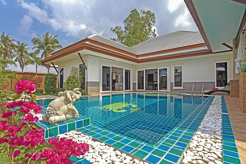 The house with swimming pool Of Thammachat P3 Vints No.141