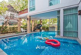 Jomtien Waree 8 |  Luxury 6 Bed Pool Villa in Na Jomtien Pattaya