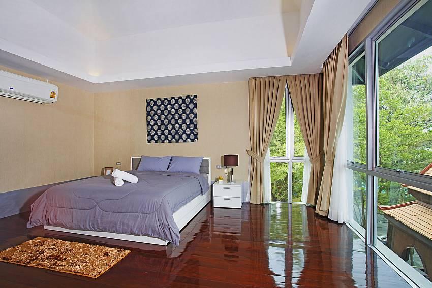 Bedroom 3_jomtien-waree_8-bedroom-villa_private-pool_jomtien_thailand