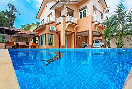 Lovely 3Br Thai-Style Villa WIth Private Pool Near Jomtien Beach, South Pattaya