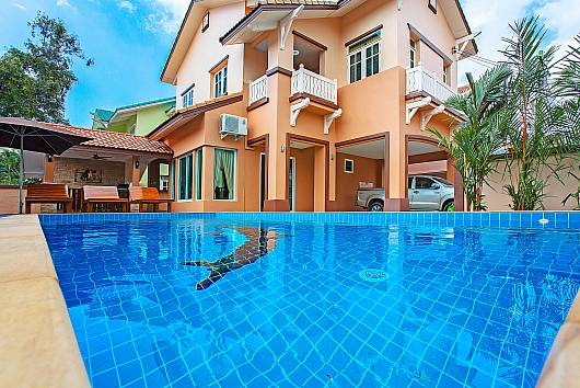 Аренда виллы в Паттайе: Jomtien Summertime Villa B - 3 Bed, 3 Спальни. 6900 бат в день