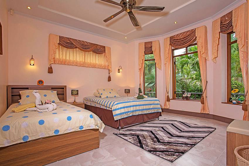 Double bedroom see view Of Relaxing Palms Pool Villa (Third)