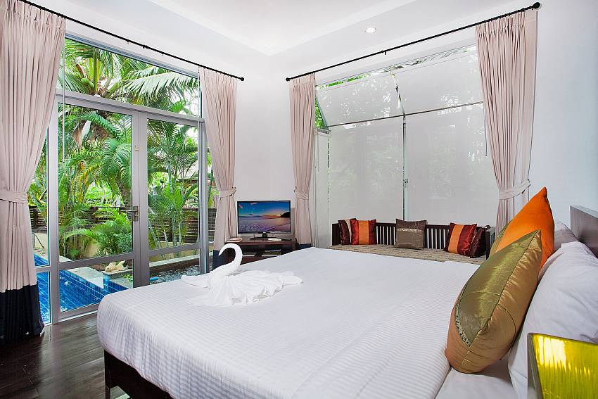 Bedroom near the pool Of Jomtien Waree 2 (First)