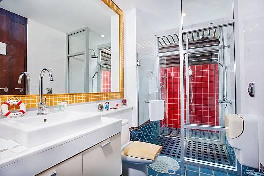 Rent Pattaya Villa: Jomtien Waree 2, 2 Bedrooms.  baht per night