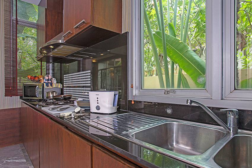 Modern kitchen in  Jomtien Waree 2 Pattaya