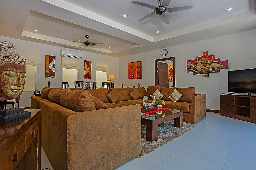 Living room Of Rawayana Pool Villa