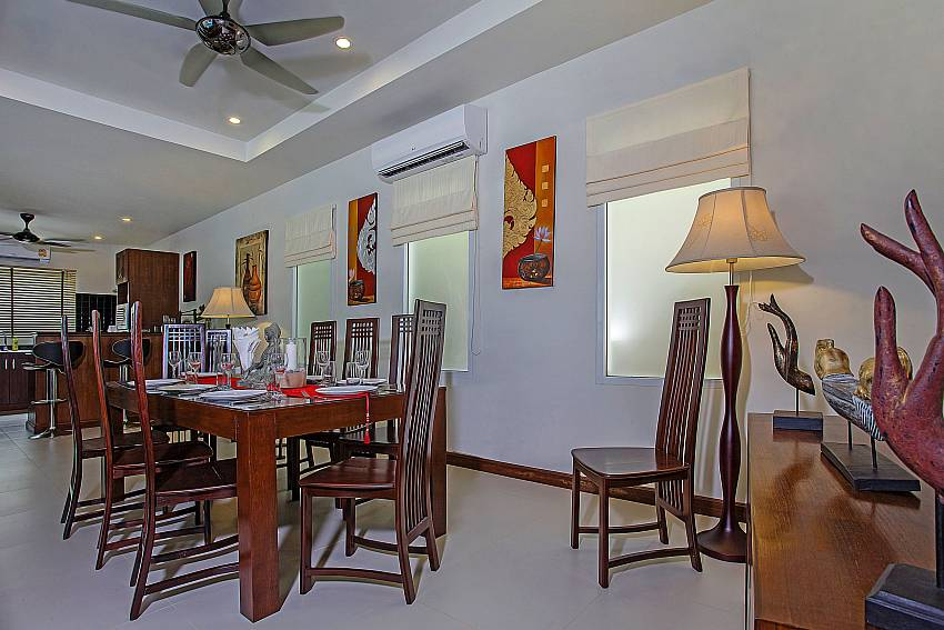 Dinning table in the house Of Rawayana Pool Villa