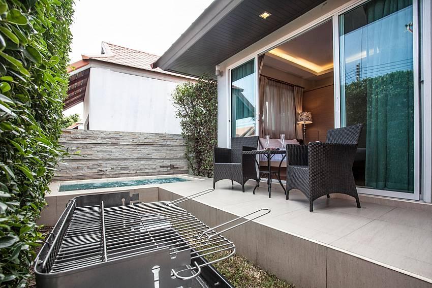 Jomtien LAmore Villa | 2 Beds with Big Private Jacuzzi in Jomtien Pattaya