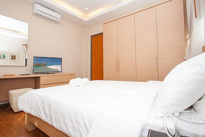 Flatscreen TV in all bedrooms at Jomtien LAmore Villa Pattaya