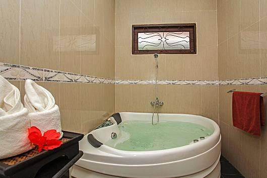 Rent Pattaya Villa: Tranquillo Pool Villa, 3 Bedrooms.  baht per night