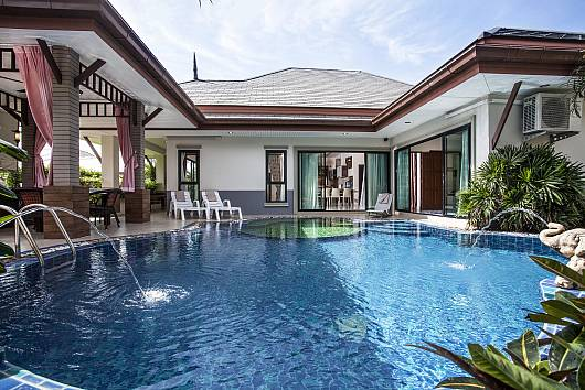 Rent Pattaya Villa: Thammachat P2 Laima - Bangsaray, 3 Bedrooms. 8085 baht per night