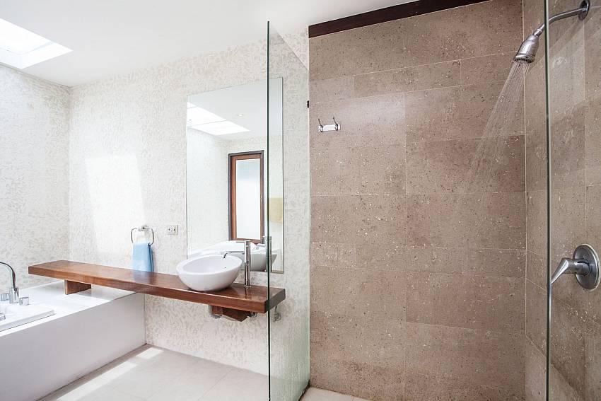 Shower with basin wash Of Villa Kanya