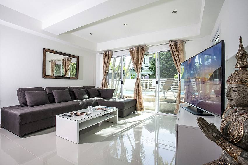 Living room see view with TV Of Villa Phawta
