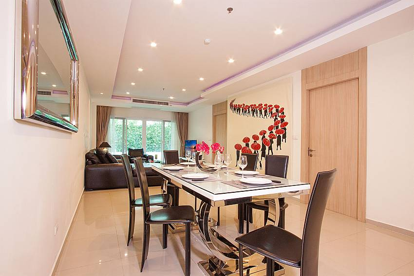 Open plan dining and living area in Fantasia Apartment Pattaya