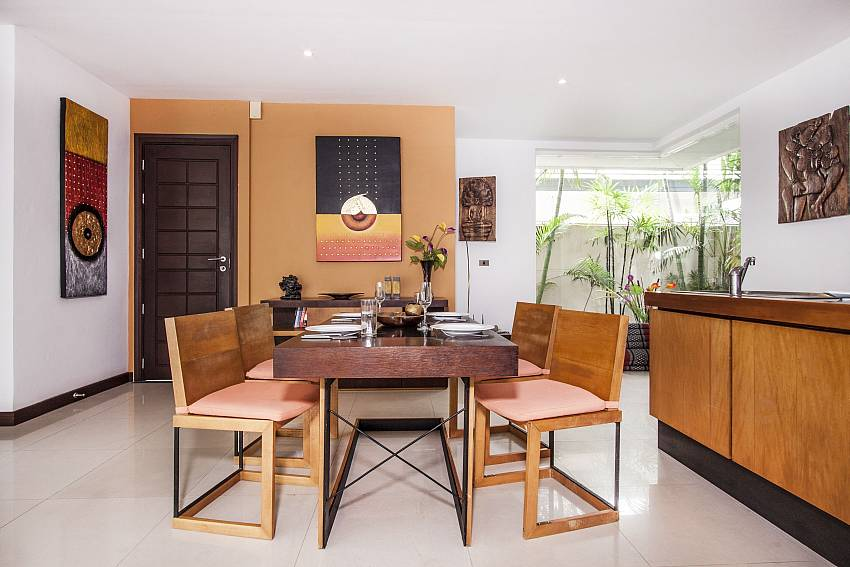 Dining table of Villa Lipalia 104