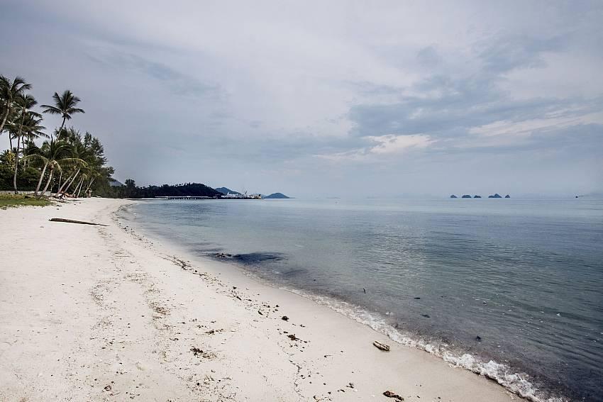 The sea at daytime of Villa Lipalia 104