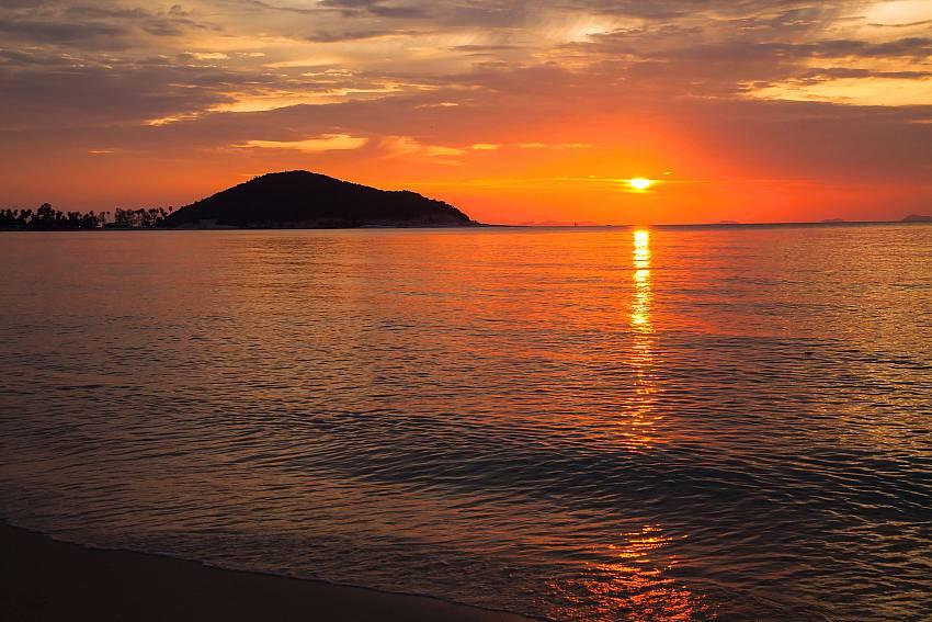 The sea at evening of Villa Lipalia 104