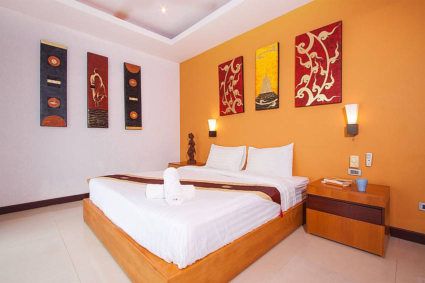 1. bedroom with king size bed at Villa Lipalia 104 Samui