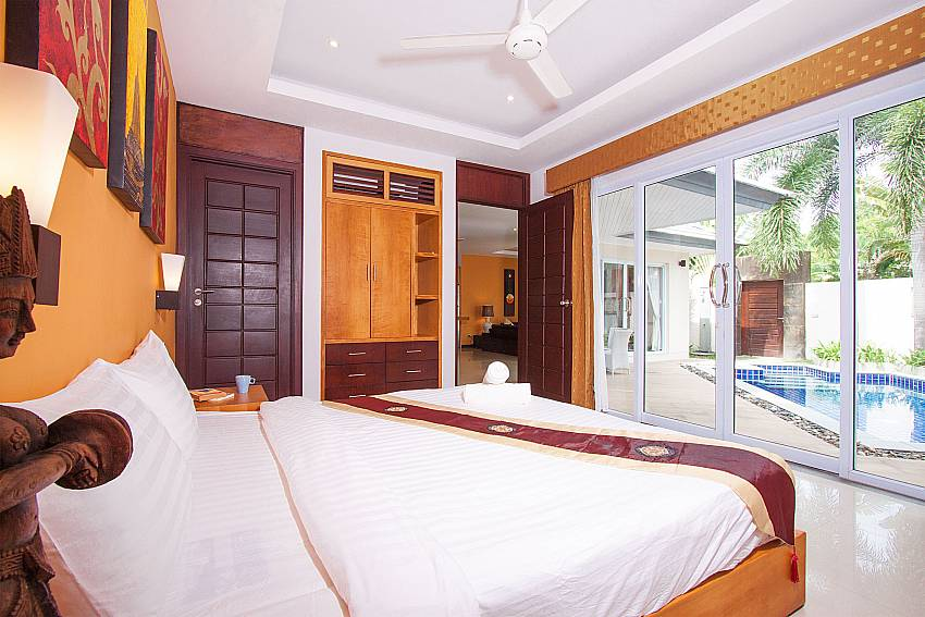 Direct pool access from 2. bedroom in Villa Lipalia 104 Koh Samui
