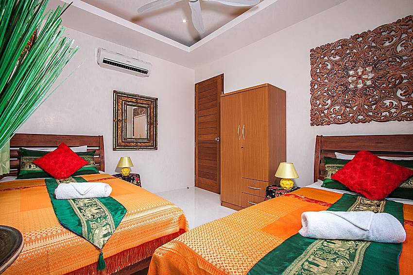 Double bedroom with wardrobe of Banthai Villa 12 (Third)