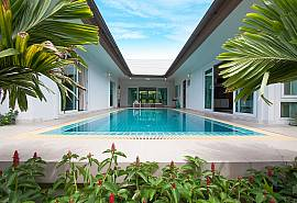 Villa Kalasea | 3 Bed Pool Villa in Banglamung Pattaya