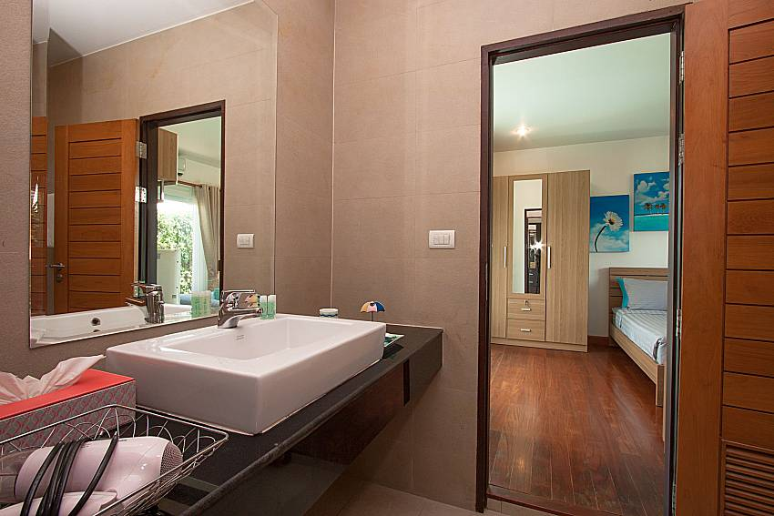 Basin wash in the bedroom of Villa Kalasea