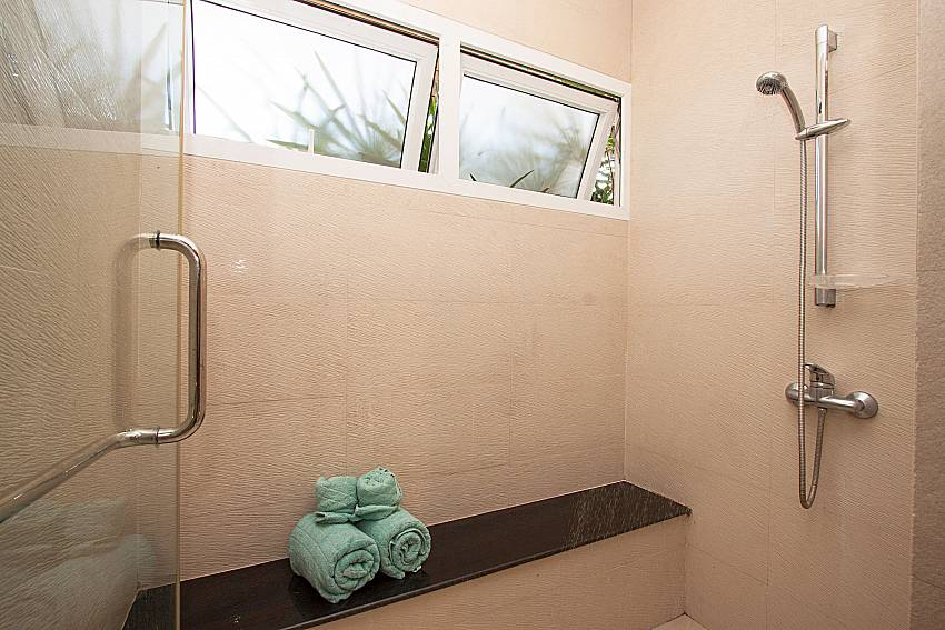 Shower of Villa Kalasea