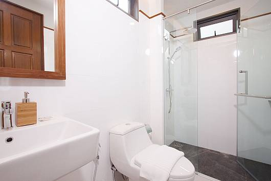 Rent Pattaya Villa: Sala Azalea Villa - 3 Beds, 3 Bedrooms. 8085 baht per night