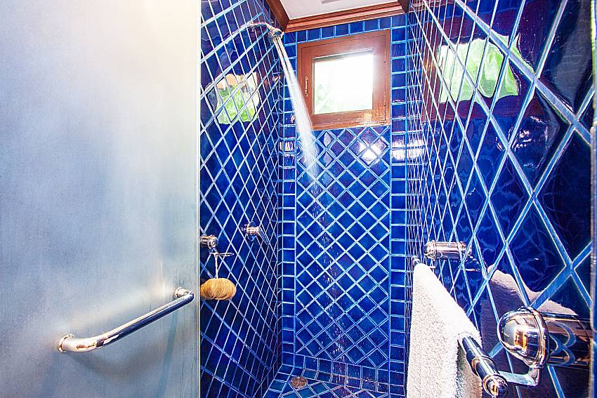 Shower tiles decorated with classic designs of Baan Pasana