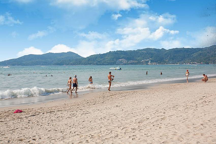 Terrific beach live at Patong close to Baan Sanun 3 Phuket