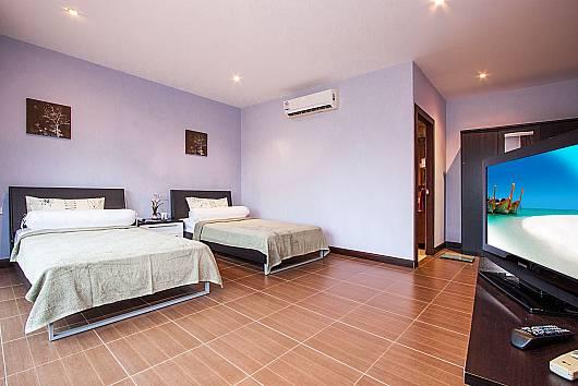 Rent Phuket Villas: Baan Somsak 1, 3 Bedrooms.  baht per night