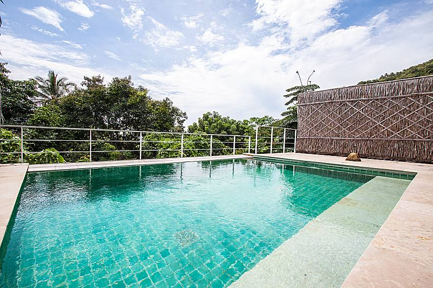 Swimming pool of Baan Phu Kaew C2
