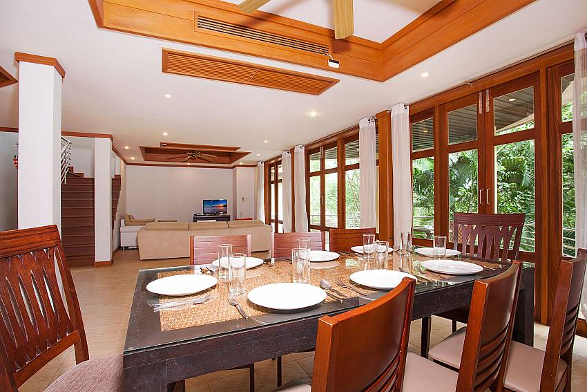 Open plan dining and living area at Ban Talay Khaw B12 in Tongson Bay Samui