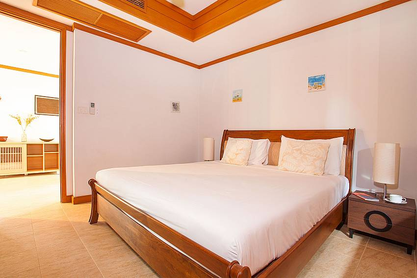 King size bedroom of Ban Talay Khaw B12 near Choeng Mon Beach Koh Samui