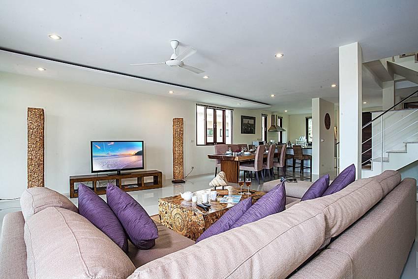 Living room of Baan Phu Kaew C3