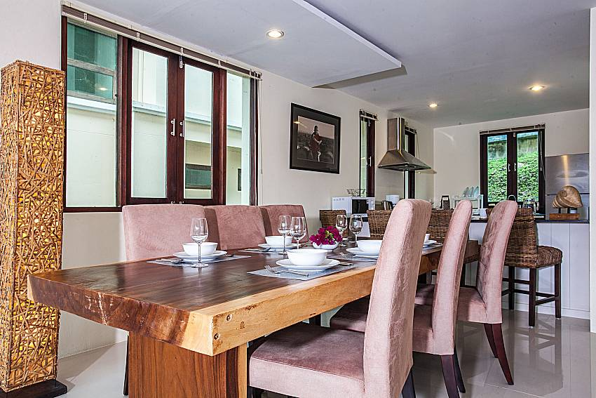 Dinning table ia made of wood of Baan Phu Kaew C3