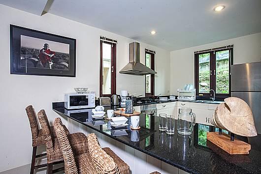 Аренда виллы на Самуи: Baan Phu Kaew C3 - Hillside 3 Bedrooms with Private Pool, 3 Спальни. 9342 бат в день