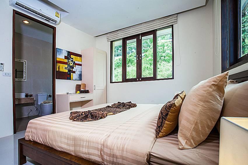 Bedroom with vanity of Baan Phu Kaew C3 (Third)